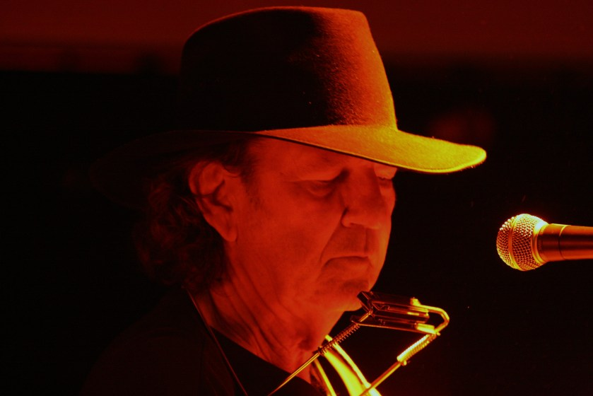 Tony Joe White   07 -04-2012 Lessen 151